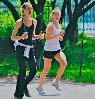 women jogging with iPod